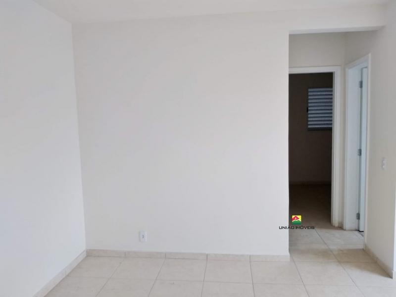 http://www2.sgn2.com.br/clientes/itirapina/vda/v2443a.jpg