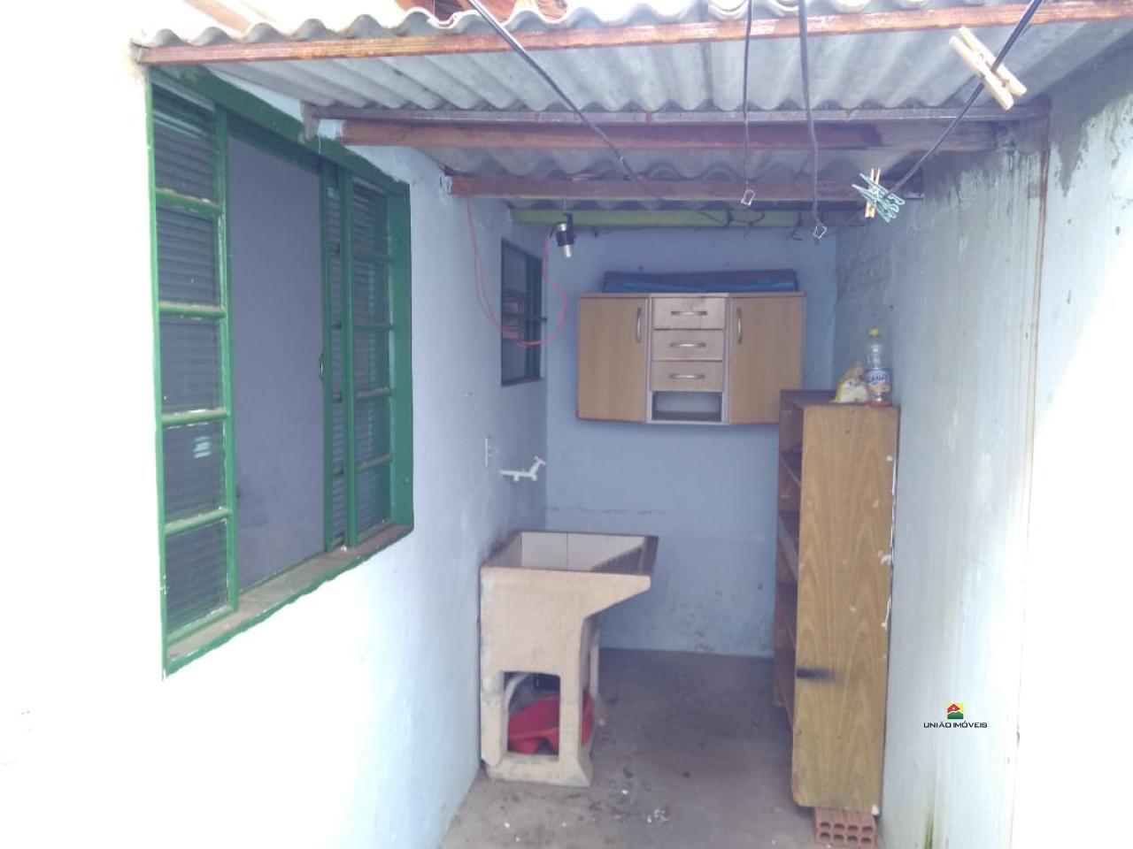 http://www2.sgn2.com.br/clientes/itirapina/vda/v2495a.jpg