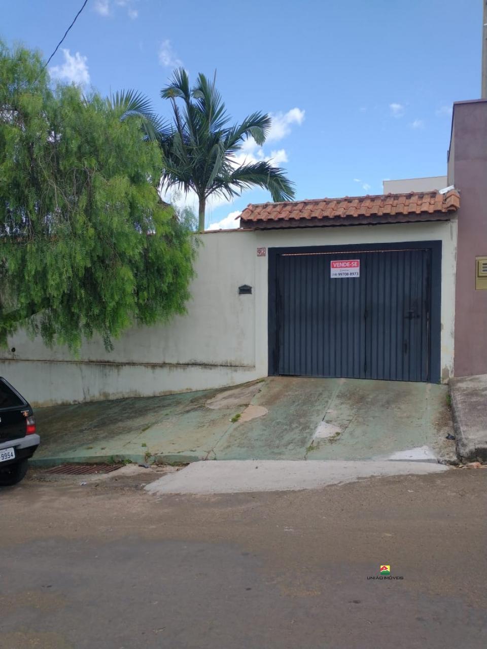 http://www2.sgn2.com.br/clientes/itirapina/vda/v2504a.jpg